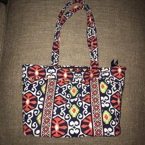 EUC Vera Bradley Shoulder Bag.